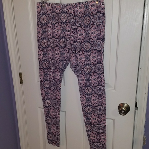 35d099bcaa Cato women s plus size leggings
